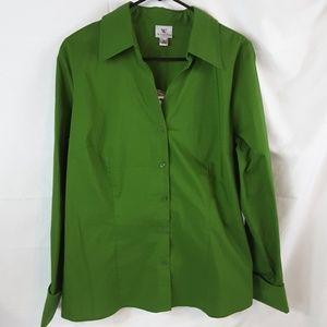 Tops - Worthington GREEN Button down collar shirt Size 16